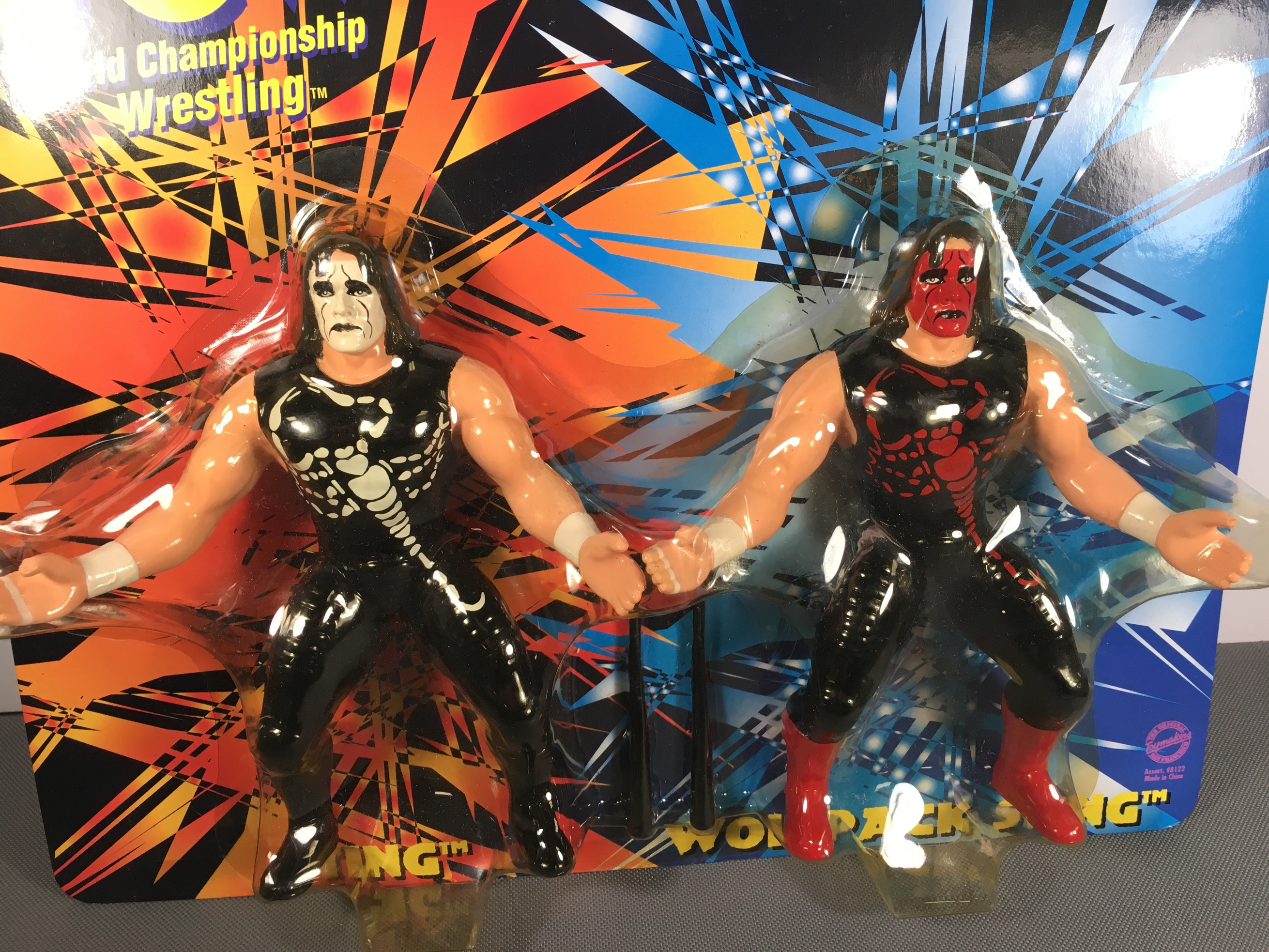 Sting vs Sting (White and Red Facepaint) (Posed 1997 Figures)